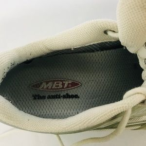 MBT Shoes - MBT Women's Sz 9 Toning Walking Rocker Shoes